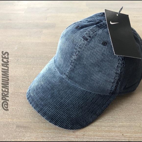 c293108df03 NIKE HERITAGE 86 CORDUROY STRAPBACK HAT